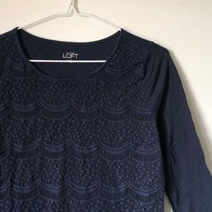 LOFT | navy blue lace-front 3/4 sleeve tee - XS